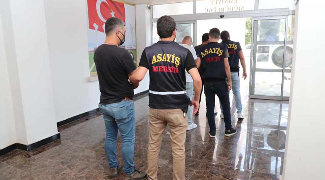 BITCOIN HESABI İÇİN KAÇIRILAN ADAMI MERSİN POLİSİ KURTARDI